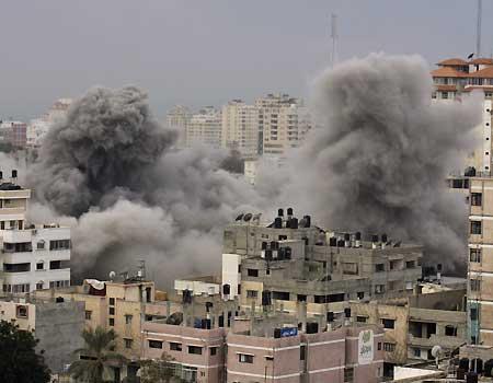 Bombardeo contra la Universidad Islámica