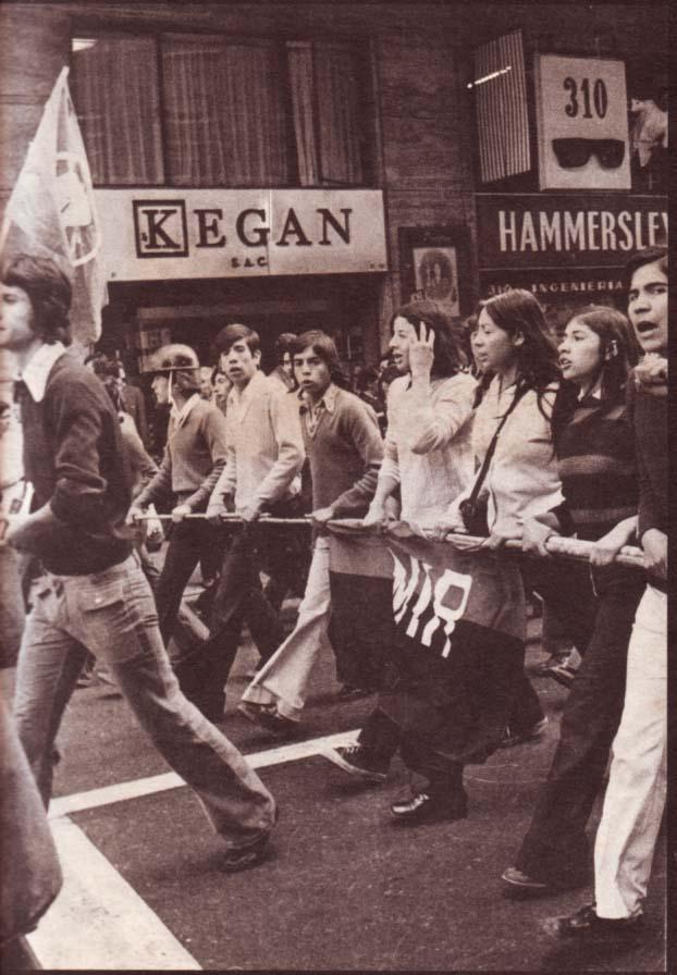 AYER. El MIR invadía las calles fanatizando a la juventud